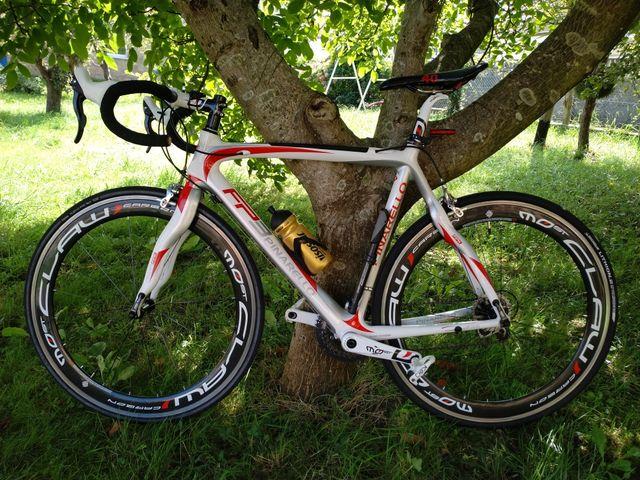 Bicicleta carretera Pinarello FP3, vendo o cambio.