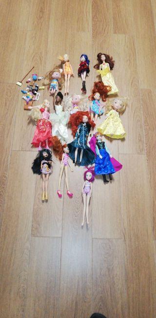 Muñecas variadas, Barbye, disney, princesas