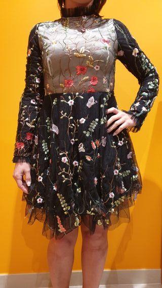 vestido talla S. Marca All Must'Art