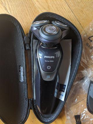 afeitadora Philips Series 5000 más accesorios