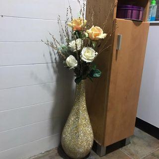 Decoracion jarron y flores