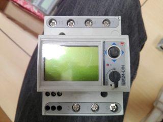 Contador eléctrico EM24-DIN.AV9.3.X.IS.P