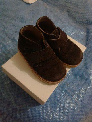 zapato - bota número 21