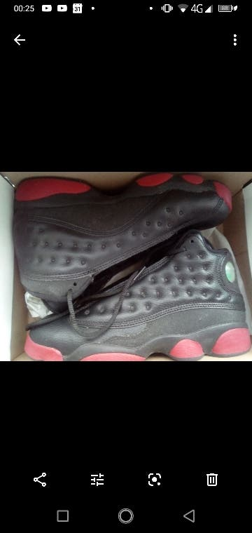 Jordan 13 Retro black and red