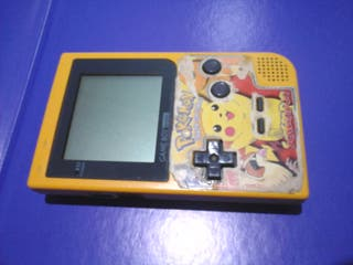 Game Boy Pocket con 9 juegos.