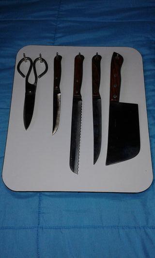 Juego cuchillos y tijeras ARCOS NUEVO