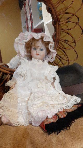 muñeca porcelana Ramón ingles