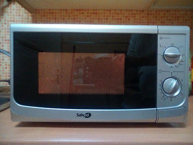 microondas SAIVOD grill color aluminio