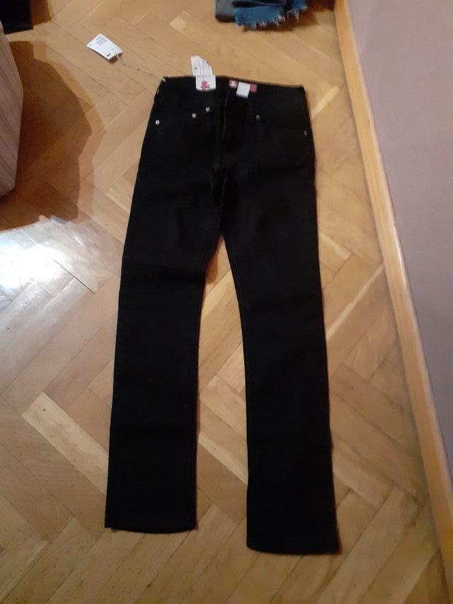 Pantalon Vaquero De Nina De Hm Talla 11 12 Anos De Segunda Mano Por 8 En Alcala De Henares En Wallapop