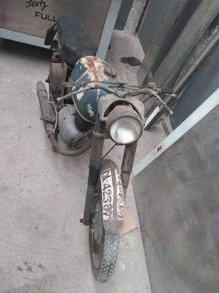 Motocicleta MV Agusta Sella
