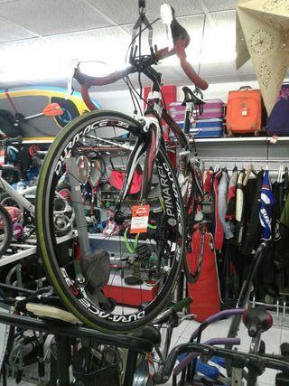 Bicicleta de carreras PINARELLO