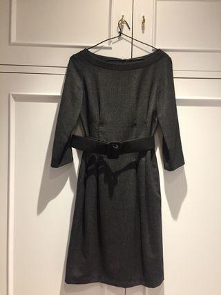 Vestido gris de lanilla de Purificación García