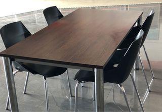 Mesa oficina o despacho y 4 sillas
