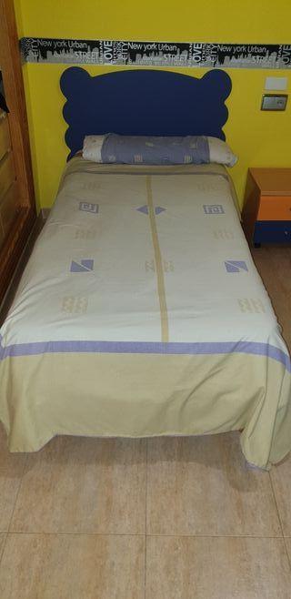 Dormitorio dos camas 90x60, mesita ..