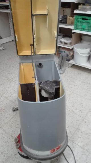 maquina fregadora de bateria