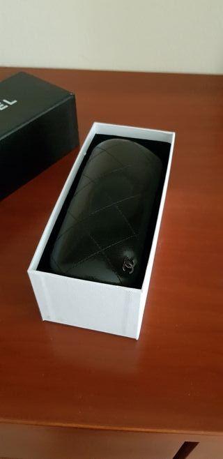 funda de gafas Chanel juego ideal regalo
