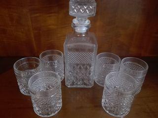 Decantador Whisky y 6 vasos. SIN ESTRENAR. 7 pieza