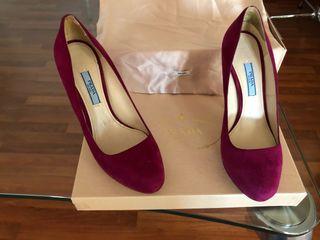 Zapatos salón de Prada (originales)