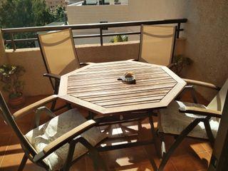 Conjunto de mesa y sillas de terraza