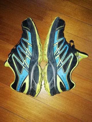 zapatillas Salomon trail running número 44 2\3