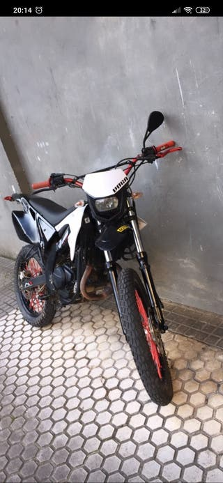 Motor Hispania 125