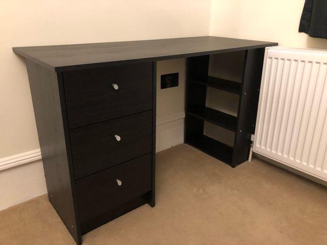 Black desk *perfect condition*