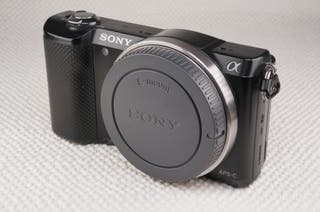 Mirrorless Sony Alpha a5000