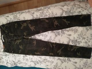 pantalones militares Zara 34
