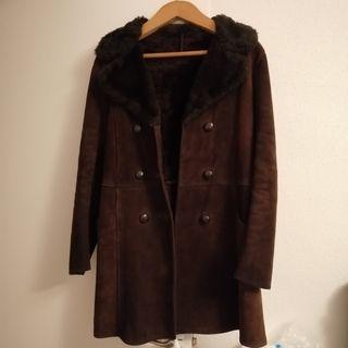 abrigo vintage marrón chica