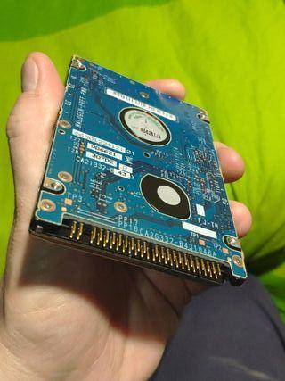 Disco duro 2,5'' IDE 40GB en buen estado