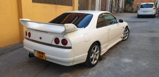 Nissan skyline 1995