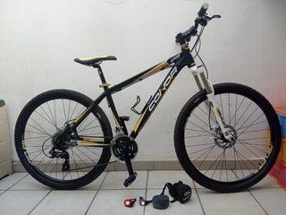 Bicicleta de montaña Connor