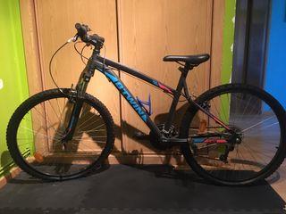 Bicicleta montaña rockrider btwin