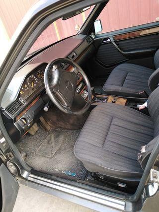 Mercedes-Benz E 300 1992