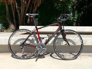 Bicicleta de carretera Specialized carbono