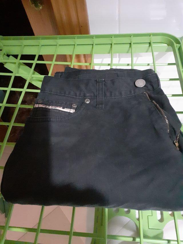 Pantalón vaquero negro New Caro