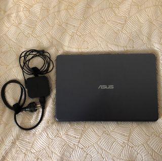 Portátil Asus VivoBook A505B (casi nueva)