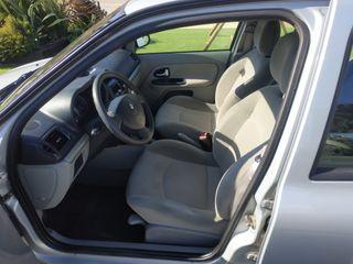Renault Clio II gasolina automatico