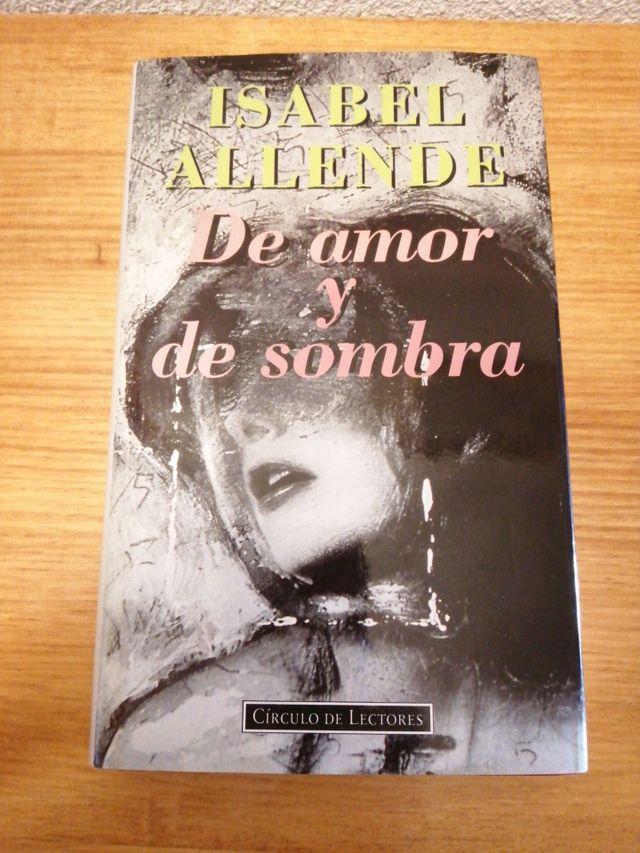 """LIBRO """"DE AMOR Y DE SOMBRA"""" (ISABEL ALLENDE)"""