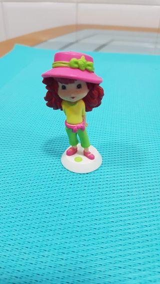 Muñeca Figura Tarta De Fresa