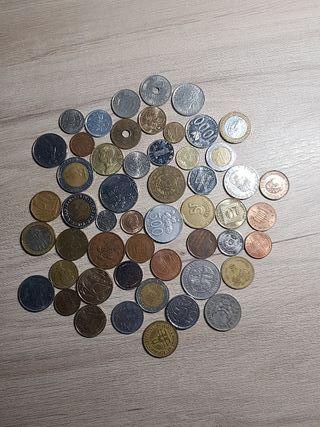 lote 52 monedas mundiales