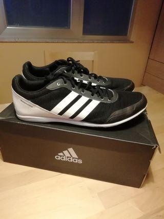 Zapatillas de clavos de atletismo Adidas