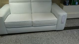 sofás de piel blanca natuzzi