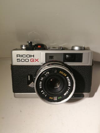 Ricoh 500 GX con rikenon 40mm 2.8.telemetrica.