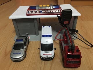 Garaje con Radio de policia, ambulancia, bombero