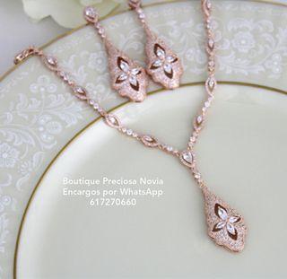 Conjunto de Joya : Collar + Pendientes en oro rosa