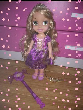 Muñeca Rapunzel+ complementos