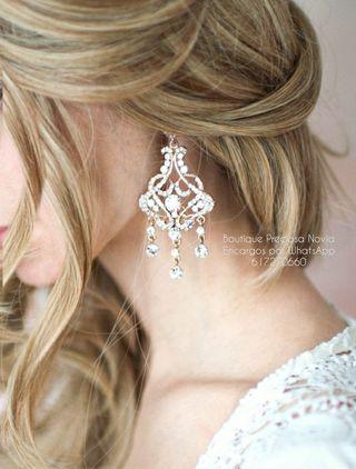 Pendientes en color dorado ,plata joya para novia