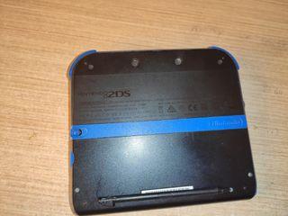 Nintendo 2DS Azul con SuperMario 2 preinstalado