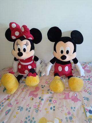 peluche Minnie y mickey